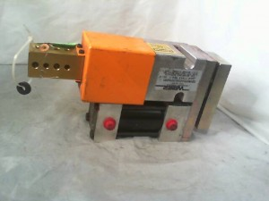Welker SB4N050A020L001A000 Pneumatic Clamp - Used