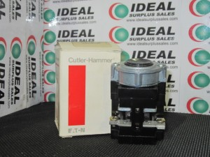CUTLER HAMMER 10250T5971 SWITCH NEW IN BOX