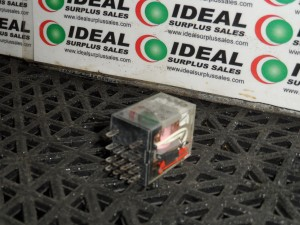 OMRON MY4IN RELAY NEW