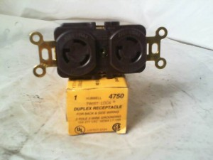 HUBBELL HBL4750 RECEPTACLE NEW IN BOX