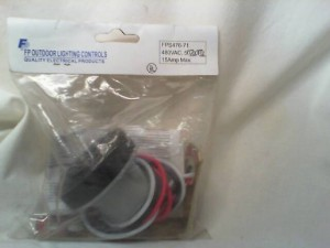 Fisher Pierce Outdoor Lighting Controls FPS476-71 Receptacle - New in Box