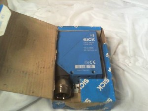 SICK WT24-2R548 PHOTOELECTRIC SENSOR New in Box