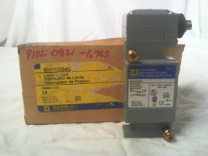 Square D 9007CO54G Limit Switch - New in Box