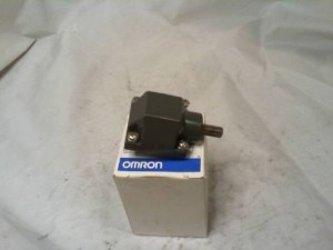 Omron D4A0001N Limit Switch  NEW IN BOX