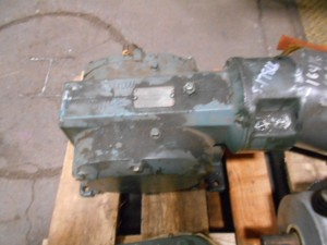 Dodge 140CM21A Speed Reducer 2.7HP 60:1 Ratio USED