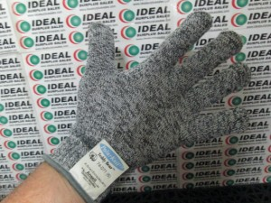 ANSELL 74071 GLOVES NEW IN BOX