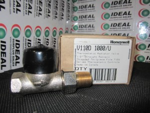 HONEYWELL V110D VALVE NEW IN BOX