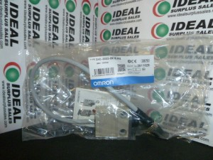OMRON D4C3032DK1EJ03 LIMIT SWITCH NEW IN BOX