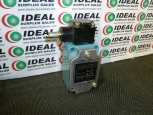 HONEYWELL 1LS53 LIMIT SWITCH USED