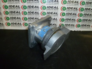 CROUSE HINDS AR321 RECEPTACLE NEW IN BOX