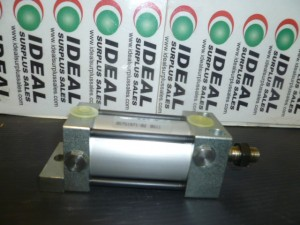 PHD AVF118X1P PNEUMATIC CYLINDER NEW
