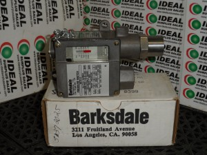 BARKSDALE 96752 SWITCH NEW IN BOX